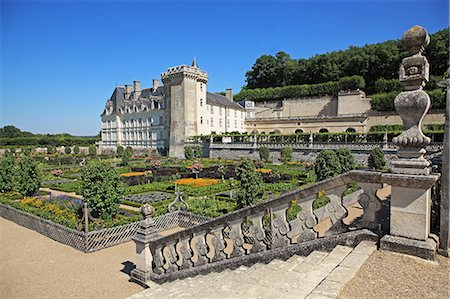France, Loire Valley, Villandry, Chateau de Villangry, UNESCO World Heritage Stock Photo - Rights-Managed, Code: 859-08769822