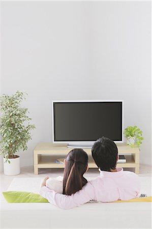 plasma - Japanese Couple Watching TV Stock Photo - Rights-Managed, Code: 859-03599849