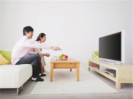plasma - Japanese Couple Watching TV Stock Photo - Rights-Managed, Code: 859-03599841