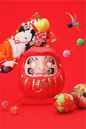 Traditional Japanese Daruma Doll And Hagoita Stock Photo - Rights-Managed, Code: 859-03982433