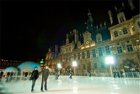 People ice skating in front of the Hotel de Ville at night,Paris,France Stock Photo - Rights-Managed, Code: 851-02959845
