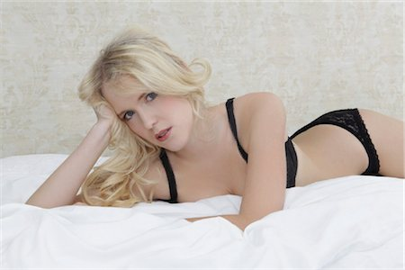 Young blond woman, portrait Stock Photo - Rights-Managed, Code: 853-05840989