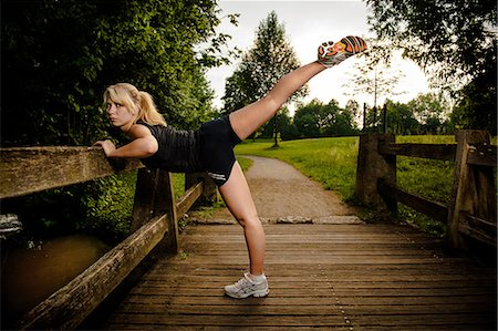 Young woman doing fitness training Stock Photo - Rights-Managed, Code: 853-06442047