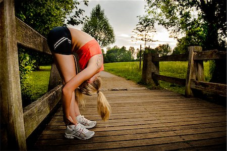 Young woman doing fitness training Stock Photo - Rights-Managed, Code: 853-06442050