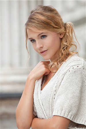 Young blond woman, portrait Stock Photo - Rights-Managed, Code: 853-06442097