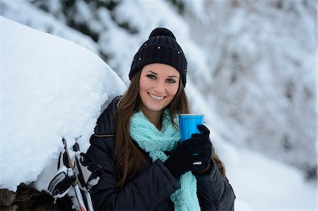 Young woman in snow, Upper Palatinate, Germany, Europe Stock Photo - Rights-Managed, Code: 853-06623194