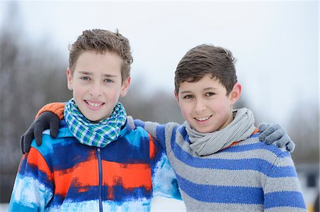 preteen touch - Two boys embracing outdoors, portrait Stock Photo - Rights-Managed, Code: 853-06893179