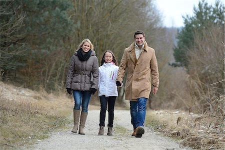 preteen touch - Parents with daughter, Upper Palatinate, Bavaria, Germany, Europe Stock Photo - Rights-Managed, Code: 853-07148567