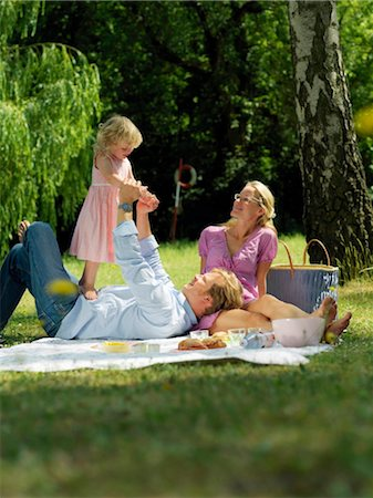 family fun day background - Family having picnic in park Stock Photo - Rights-Managed, Code: 853-02914299