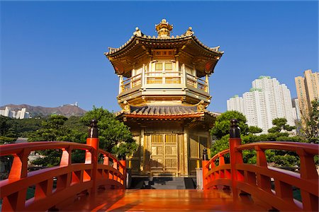 China, Hong Kong, Diamon Hill, Nan Lian Gardens. The Pavillion of Absolute Perfection. Stock Photo - Rights-Managed, Code: 862-05997261