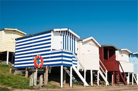simsearch:400-04638538,k - Traditional beach huts in Walton-on-the-Naze, Essex, UK Stock Photo - Rights-Managed, Code: 862-05997514