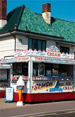 Traditional ice cream kiosk in Walton-on-the-Naze, Essex, UK Stock Photo - Rights-Managed, Code: 862-05997517