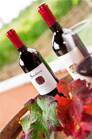 Italy, Umbria, Terni district, Giove. Ciliegiolo di Narni at the Sandonna winery. Stock Photo - Rights-Managed, Code: 862-05998222
