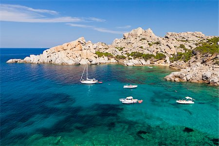 Italy, Sardinia, Olbia-Tempo, Capo Testa. The small beach of Cala Spinosa. Stock Photo - Rights-Managed, Code: 862-05998244