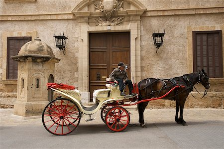 Horse-drawn carriage in the Old Town of Palma de Mallorca, Majorca, Balearic Islands, Spain Stock Photo - Rights-Managed, Code: 862-05999451