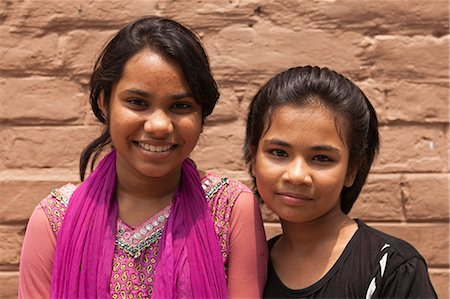 dhaka - Bangladesh, Dhaka. Young girls in Dhaka. Stock Photo - Rights-Managed, Code: 862-06540775