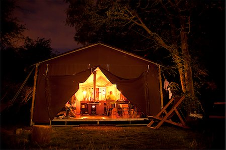 Bedfordshire, England. A summer summer evening whilst glamping. Stock Photo - Rights-Managed, Code: 862-06541367