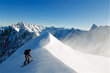 sports and snowboarding - Europe, France, French Alps, Haute Savoie, Chamonix, Aiguille du Midi, snowboarder on the Vallee Blanche off piste run Stock Photo - Rights-Managed, Code: 862-06541668