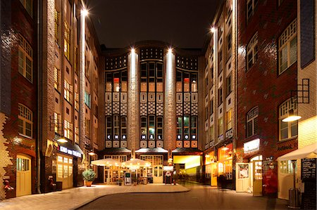 european bar building - The Hackesche Höfe is a notable courtyard complex situated adjacent to the Hackescher Markt in the centre of Berlin, Germany. Stock Photo - Rights-Managed, Code: 862-06541814