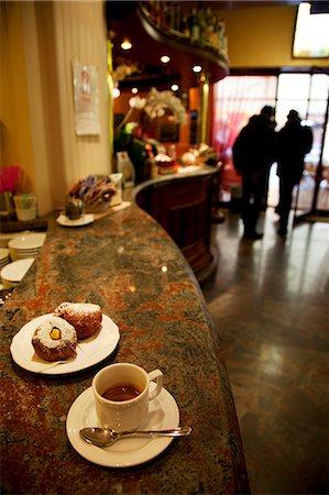 european cafe bar - Treviso, Veneto, Italy, Inside a local cafe Stock Photo - Rights-Managed, Code: 862-06542151