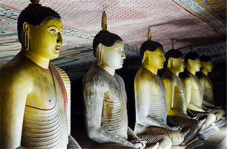 Sri Lanka, North Central Province, Dambulla, Golden Temple, UNESCO World Heritage Site, Royal Rock Temple, Buddha statues in Cave 2 Stock Photo - Rights-Managed, Code: 862-06543014