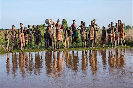 Dassanech villagers line the banks of the Omo River, Ethiopia Stock Photo - Rights-Managed, Code: 862-06676698