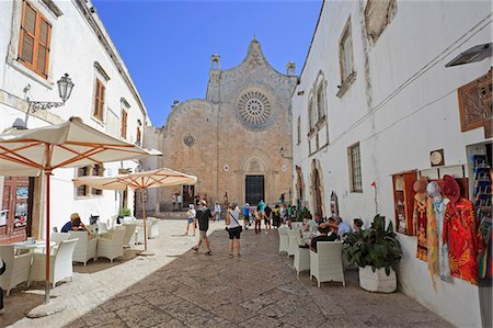 exterior bar - Italy, Puglia, Brindisi district, Itria Valley, Ostuni. Stock Photo - Rights-Managed, Code: 862-06677074