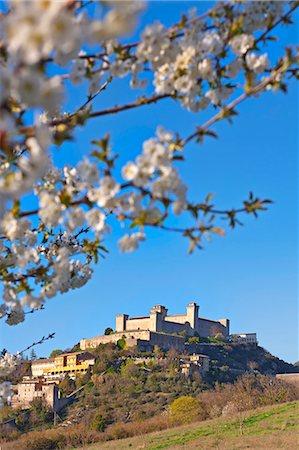 Italy, Umbria, Perugia district, Spoleto, Rocca Albornoz Stock Photo - Rights-Managed, Code: 862-06677122