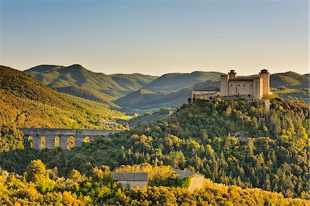 Italy, Umbria, Perugia district, Spoleto, Rocca Albornoz and Ponte delle Torri Stock Photo - Rights-Managed, Code: 862-06677140