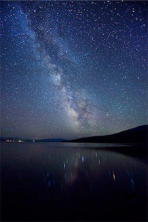 sky stars - Night Sky at Diamond Lake, Chemult, Oregon, USA Stock Photo - Rights-Managed, Code: 862-06677561