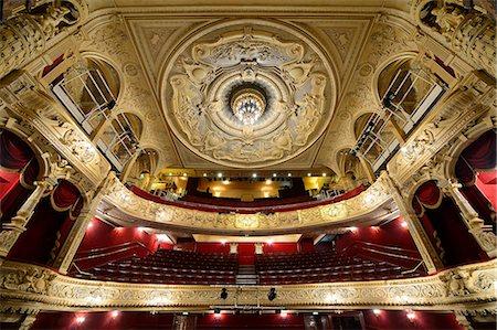 Europe, England, London, Richmond, Richmond Theatre Stock Photo - Rights-Managed, Code: 862-06825354