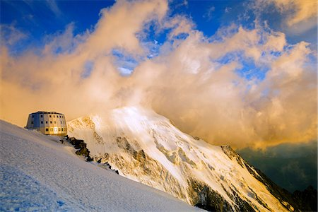 french (places and things) - Europe, France, Haute Savoie, Rhone Alps, Chamonix Valley, Gouter Ridge on Mont Blanc Stock Photo - Rights-Managed, Code: 862-06825462