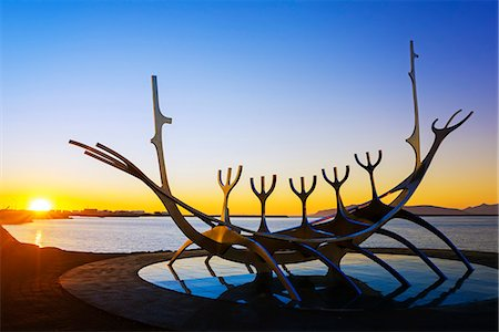 Iceland, Reykjavik, Solfar (Sun Voyager), iconic stainless-steel modern sculpture representing a Viking longboat by Jon Gunnar Arnason Stock Photo - Rights-Managed, Code: 862-06825651