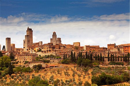 Italy, Tuscany, San Gimignano. Landscape of historical town and surroundings. (UNESCO) Stock Photo - Rights-Managed, Code: 862-06825961