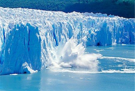 perito moreno glacier - Glacier ice melting and icebergs, Moreno Glacier, Patagonia, Argentina, South America Stock Photo - Rights-Managed, Code: 862-07495745