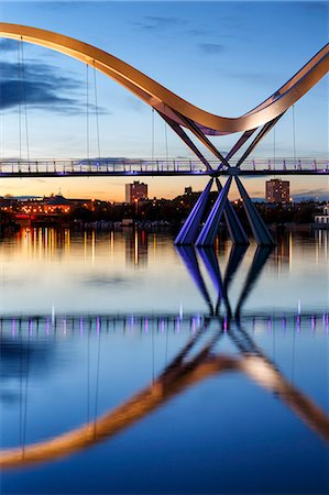 european (places and things) - Europe, United Kingdom, England, Stock On Tees, Infinity Bridge Stock Photo - Rights-Managed, Code: 862-07689934