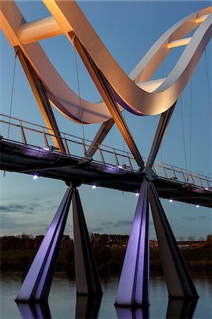 Europe, United Kingdom, England, Stock On Tees, Infinity Bridge Stock Photo - Rights-Managed, Code: 862-07689932