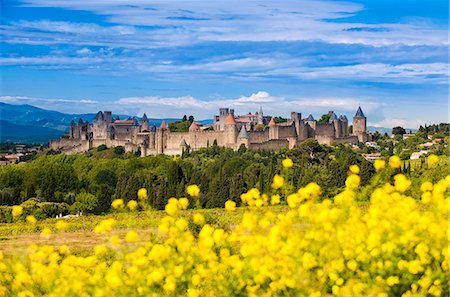 The fortified city of Carcassonne, Languedoc-Roussillon, France Stock Photo - Rights-Managed, Code: 862-07689996