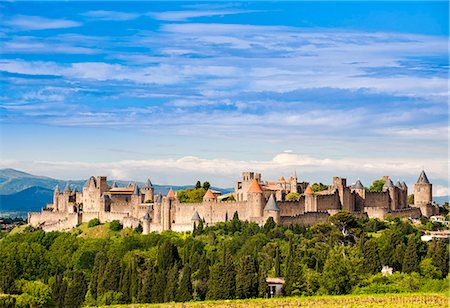 french (places and things) - The fortified city of Carcassonne, Languedoc-Roussillon, France Stock Photo - Rights-Managed, Code: 862-07689997