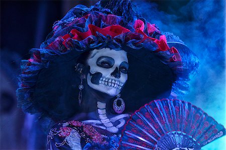 dead woman - La Catrina, Day of the dead festivities, La Paz, Baja California, Mexico Stock Photo - Rights-Managed, Code: 862-07910245