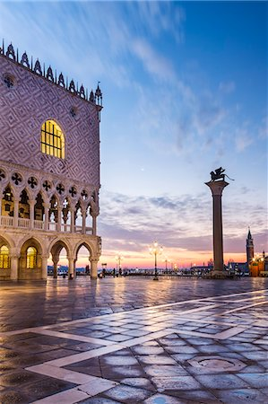 Italy, Veneto, Venice. Sunrise over Piazzetta San Marco and Doges palace Stock Photo - Rights-Managed, Code: 862-08090424