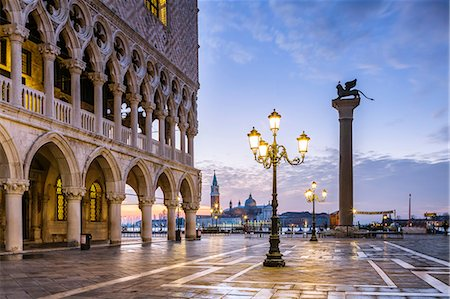 Italy, Veneto, Venice. Sunrise over Piazzetta San Marco and Doges palace Stock Photo - Rights-Managed, Code: 862-08090426
