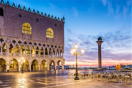 Italy, Veneto, Venice. Sunrise over Piazzetta San Marco and Doges palace Stock Photo - Rights-Managed, Code: 862-08090423
