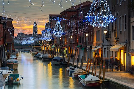 Europe, Italy, Veneto, Venice, Murano, Christmas decoration on a canal Stock Photo - Rights-Managed, Code: 862-08090574