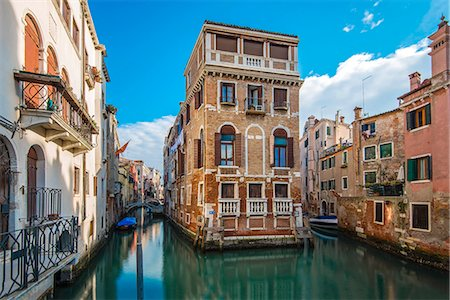 Picturesque view over two water canals in Venice, Veneto, Italy Stock Photo - Rights-Managed, Code: 862-08090619