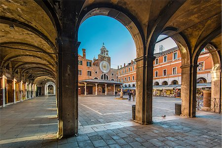 San Giacomo di Rialto church in the sestiere of San Polo, Venice, Veneto, Italy Stock Photo - Rights-Managed, Code: 862-08090622