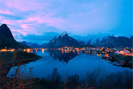 small town snow - Europe, Scandinavia, Norway, Lofoten islands, Moskenesoy, Reine Stock Photo - Rights-Managed, Code: 862-08090991