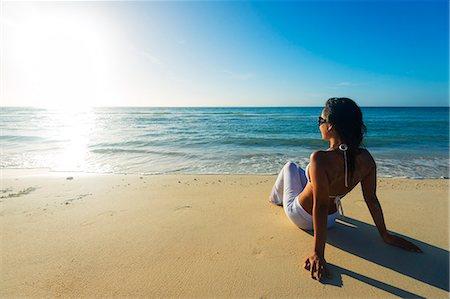 sandi model - South East Asia, Philippines, The Visayas, Cebu, Bantayan Island, Sugar Beach, girl relaxing on the beach (MR) Stock Photo - Rights-Managed, Code: 862-08091001