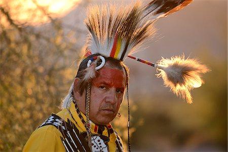 Jim Yellowhawk at Lost Dutchman State Park, Phoenix, Arizona, USA MR Stock Photo - Rights-Managed, Code: 862-08091412