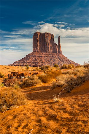 West Mitten Butte, Monument Valley Navajo Tribal Park, Arizona, USA Stock Photo - Rights-Managed, Code: 862-08091455